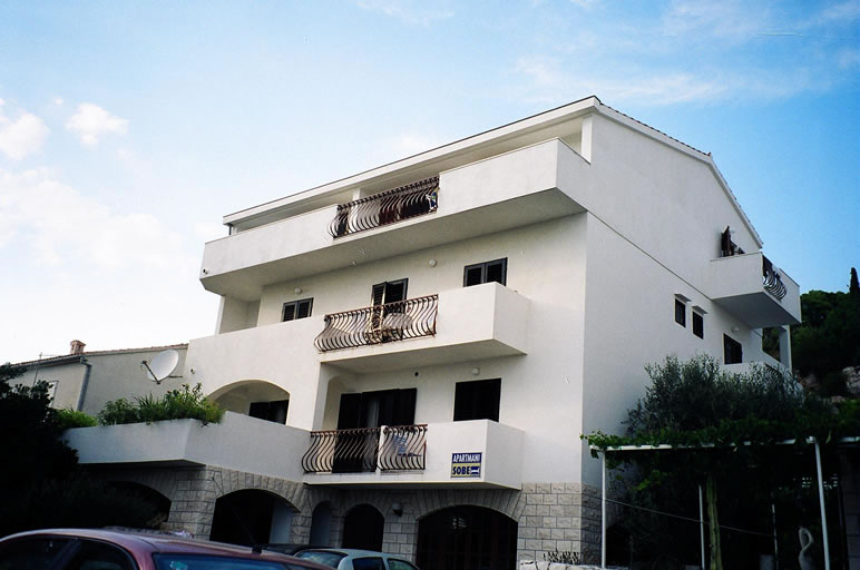 Apartments Rogošić Hvar
